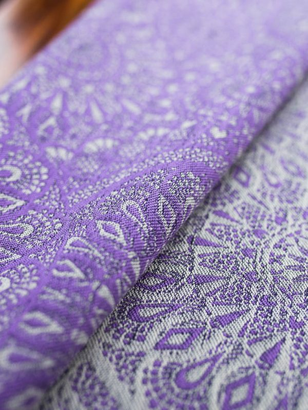 Lace Tryst Baby Wrap Grade 2