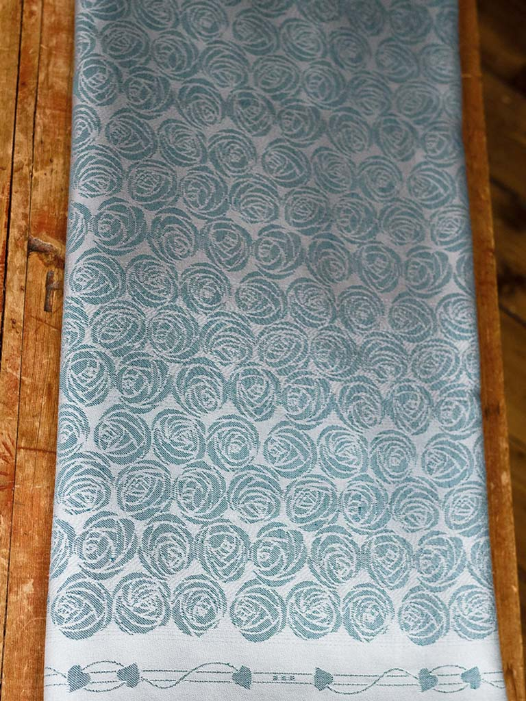 Roses Magnese Baby Wrap
