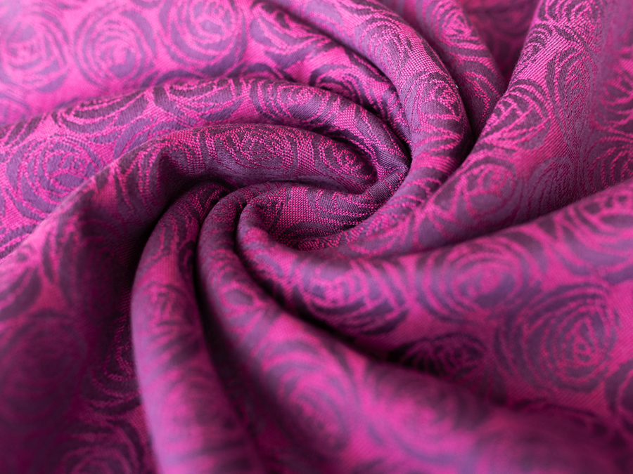 Roses Queen Mab Baby Wrap